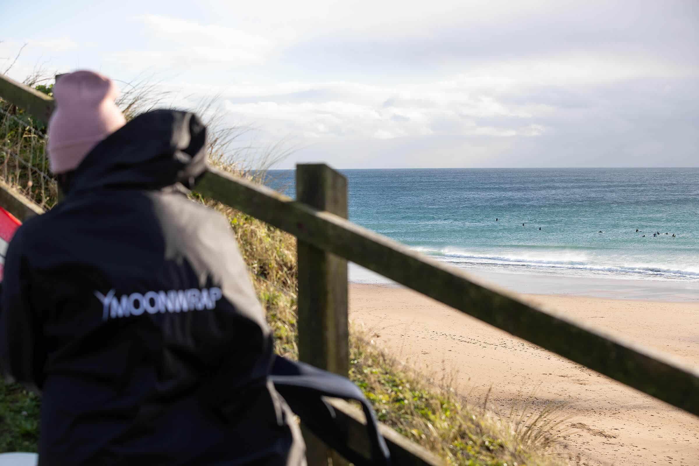 Moonwrap-beach1.jpg